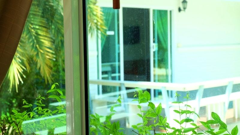 แหลมสิงห์ แนชเชอรัลบีช รีสอร์ท จันทบุรี: บ้านชมดาว – ชมเดือน
